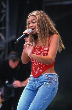 Destiny's Child era Beyonce.