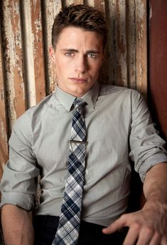 Colton Haynes: perfection. Love his jaw line.