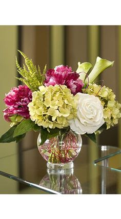 Enjoy the stately grace of our silk Peony Centerpiece arrangement - fresh garden appeal for home and office decorating at Petals. Arrangements Ikebana, Artificial Floral Arrangements, Beautiful Flower Arrangements, Beautiful Flowers, Hydrangea Arrangements, Table Arrangements, Peony Arrangement, Silk Flower Centerpieces, Peonies Centerpiece