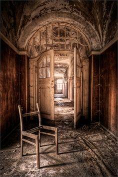 "Abandoned Lunatic Asylum, Germany 2010 (I **LOVE** old abandoned buildings like this - SO beautiful! "" love "" old lunatic assylum. Thats just wrong, like Lindsay Lohan wrong. Abandoned Buildings, Abandoned Asylums, Old Buildings, Abandoned Places, Haunted Places, Beautiful Buildings, Beautiful Places, Old Houses, Haunted Houses"