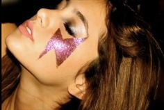 Ariana Grande Photoshoot, Ariana Grande Pictures, Ariana Geande, Artists And Models, Aesthetic Photo, Harry Styles, Hair Makeup, Celebs, Celebrities