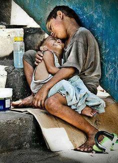 Here i present 30 brilliant photographs exposing the actual face of poverty. Do give feed back and please think on the issue of poverty after watching these Poor Children, Precious Children, Beautiful Children, Beautiful People, Poor Kids, Children Raising, Hungry Children, Portraits, People Of The World