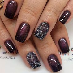 ideas 39 Unique And Beautiful Winter Nail Designs Winter nails allow you to show off all those cute wintry themes. Check out our collection of original winter-themed nail designs with glitter nails, matte nails, snowflakes, and gold. Cute Nails, Pretty Nails, My Nails, Polish Nails, Nails 2017, Cute Fall Nails, Simple Fall Nails, Rock Nails, Oval Nails