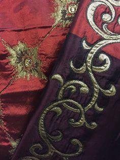 Des teintes bordeaux et des cristaux. Création de tissus Pascale Gontier. Éléments Swarovski. #tissus #pascale #gontier #creation