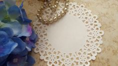 Toalha rendada de papel