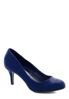 At a Moment's Notice Heel in Navy. When your favorite ad agency calls for an impromptu interview, youre set to stylishly dash out the door in these navy heels! #blue #modcloth