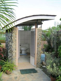 Outdoor Pool House Bathroom Fresh 24 Marvelous Outdoor Bathroom Design for Perfectly Bathroom Outdoor Pool Bathroom, Outdoor Toilet, Outdoor Baths, Outdoor Showers, Pool House Bathroom, Indoor Outdoor, Outdoor Pergola, Gazebo, Backyard Patio Designs