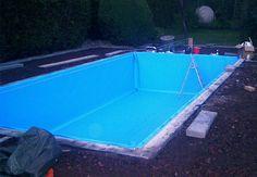 Pool mit Folie auskleiden