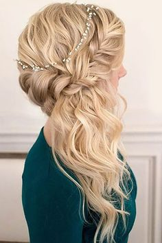 wedding hairstyles half up-haf-down with stunning braid