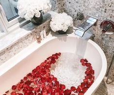 Unexpected Ways Of Using Mid-Century Lighting In Your Bathroom! Luxury Cars, Luxury Homes, Dream Bath, Relaxing Bath, Amazing Cars, Amazing Places, Spa Day, Bath Time, Rose Petals