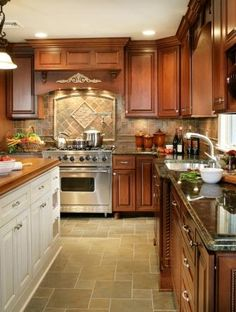Maple Brown Traditional Style Kitchen