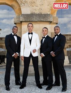 **MUST** Awesome Groom and Groomsmen shot. that is exactly how many guys it will be
