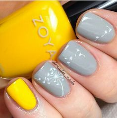 Color combo with daffodil stamp