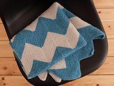 Ravelry: Chevron Babydecke pattern by wollen berlin free baby blanket pattern