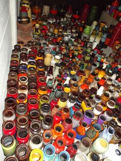 Lot with approximately 1500 vintage West German vases