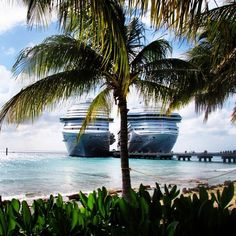 A duo that really puts the GRAND in Grand Turk!  #Cruise #CarnivalCruise