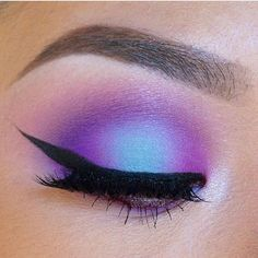 Loveeeee this cotton candy shadow look created by @colorpunch More