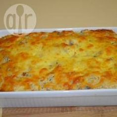 Unlike most tuna bakes that use pasta this one uses rice. It has a unique puffy and light quality with subtle flavours. Tinned Tuna Recipes, Salmon Recipes, Fish Recipes, Seafood Recipes, Tuna Dishes, Fish Dishes, Savoury Dishes, Quick Meals, Gratin