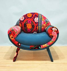 Smiley Patchwork Armchair -  Turquoise Love from 'namedesignstudio' on Etsy via 'ArtFullLifeStyle.com' ♥≻★≺♥