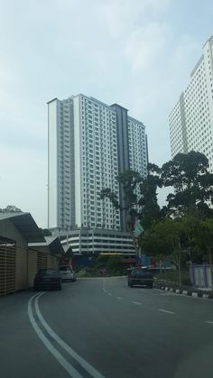Sierra Residences Corner Unit - Corner Cheapest in market 2 car parks OC mid of May Asking for RM498K  For Viewing, Kindly Contact Florence Lee 0164226599 Furniture: Unfurnished    http://my.ipushproperty.com/property/sierra-residences-corner-unit-3/