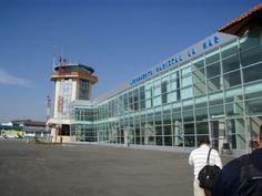Mariscal Lamar Airport, Ecuador - avg. WiFi client satisfaction rank 1/10. Avg. download 195 kbps, avg. upload 153 kbps. rottenwifi.com