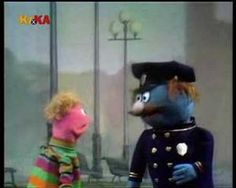 ▶ Classic Sesame Street - Charlie looks for a policeman - YouTube