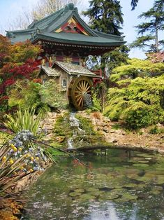 Japanese Garden with Watermill Old Grist Mill, Japanese Water, Japanese Plants, Temple Gardens, Water Powers, Water Mill, Old Barns, Garden Structures, Le Moulin