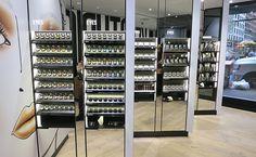 59489b321ca 71 melhores imagens de loja cosmeticos