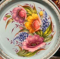 Imagem relacionada Acrylic Painting Flowers, China Painting, Tole Painting, Diy Painting, Watercolor Paintings, Russian Folk Art, Peacock Art, Art World, Decoupage