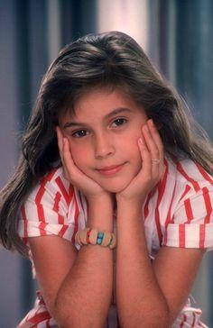 Alyssa Milano - Samantha Micelli - Madame est servie (Who's the Boss? Young Models, Female Models, Alyssa Milano Young, Alisa Milano, Girlmore Girls, Hollywood, Por Tv, Celebs, Celebrities
