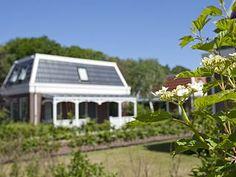 Villa Forest, Dünen, Strand in Südholland (Zuid-Holland): 3 Schlafzimmer, für bis zu 6 Personen. Luxusvilla mit 3 Schlafzimmern, Veranda und mit allem Komfort ausgestattet. | FeWo-direkt