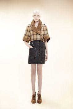 Alexandre Herchcovitch Pre-Fall 2012 Fashion Show - Thairine Garcia