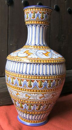 Spanish Ceramic - Toledo - Puerte del Arzobispo - MIJASCERAMIC.COM Pottery Painting, Ceramic Painting, Ceramic Art, Spanish Art, Spanish Style Homes, Cerámica Ideas, Italian Pottery, Glass Company, Ceramic Design