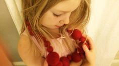 Huovuta itse ihanat pallot tai kokoa valmiista huopapalloista asusteita ja koristeita omaan kotiin tai lahjaksi.