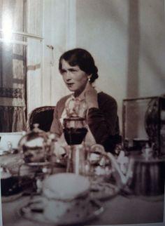 Olga, Breakfast on Balcony of AP: 1917.