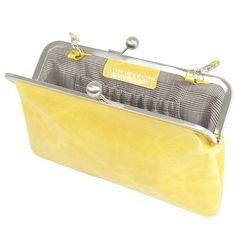 gelbe flache Clutch aus Leder -  ein must have diesen Sommer! Kleine Tasche, small bag yellow