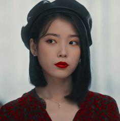 Korean Actresses, Korean Actors, Iu Hair, Foto Gif, Cute Korean Girl, Blackpink Fashion, Fasion, Kdrama Actors, Kpop Aesthetic