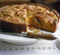 A rustic Italian-style cake made with olive oil as well as butter. Wonderful eaten warm with a scoop of ice cream for pud