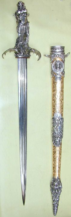http://snyderstreasures.com/images/weapons/old/DragonSwordF.jpg
