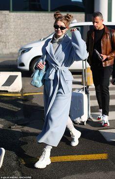Style Gigi Hadid, Looks Gigi Hadid, Gigi Hadid Outfits, Moda Fashion, Daily Fashion, Girl Fashion, Fashion Outfits, Airport Attire, Model Outfits