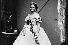 Did 'crazy' Mary Todd Lincoln just need a shot of vitamin B-12?