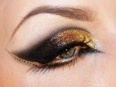 Brown, bronze and gold glitter, eye make up Makeup Art, Beauty Makeup, Hair Makeup, Hair Beauty, Gold Makeup, Beauty Skin, Maquillaje Halloween, Halloween Makeup, Steam Punk