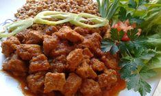 Vörösboros, áfonyás vaddisznópörkölt | Józsi konyhája Pork, Ethnic Recipes, Sweet, Red Peppers, Kale Stir Fry, Candy, Pork Chops