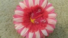 Red and pink flower clip