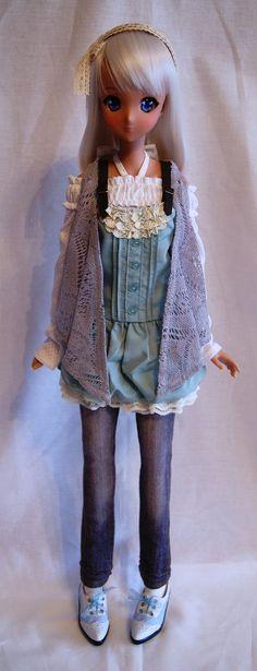 Smart Doll Ebony by hide_freak_