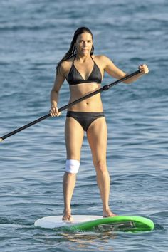 Michelle Rodriguez, Hollywood Fashion, Hollywood Actresses, Ripped Workout, Heather Graham, Celebrity Bikini, Monica Bellucci, Famous Women, Two Piece Swimsuits