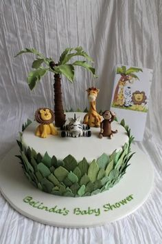 11 Amazing Jungle and Animal Baby Shower Cakes. Need inspiration for a baby shower? Enjoy these unique baby shower cakes featuring jungle animals. Safari Birthday Cakes, Jungle Theme Cakes, Jungle Theme Birthday, Safari Cakes, Jungle Party, Cake Birthday, Jungle Safari Cake, Safari Food, Jungle Cupcakes