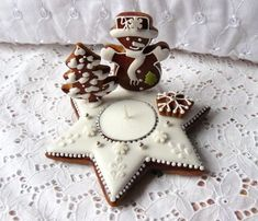 Gingerbread Crafts, Christmas Gingerbread House, Christmas Coffee, Christmas Kitchen, Christmas Baking, Gingerbread Cookies, Cute Christmas Cookies, Christmas Cookie Exchange, Xmas Cookies