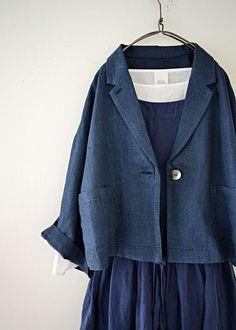 블루 단추 린넨쟈켓 Zara Fashion, Fashion Outfits, Womens Fashion, Linen Dresses, Japanese Fashion, Sewing Clothes, Coats For Women, Beautiful Outfits, Blazers