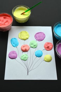 How to make DIY puffy paint for kids. This homemade paint is easy to make recipe with step-by-step instructions, including photos. Kids Crafts, Summer Crafts, Preschool Crafts, Easy Crafts, Summer Art Projects, Pintura Puff, Puffy Paint Crafts, Homemade Puffy Paint, Balloon Painting